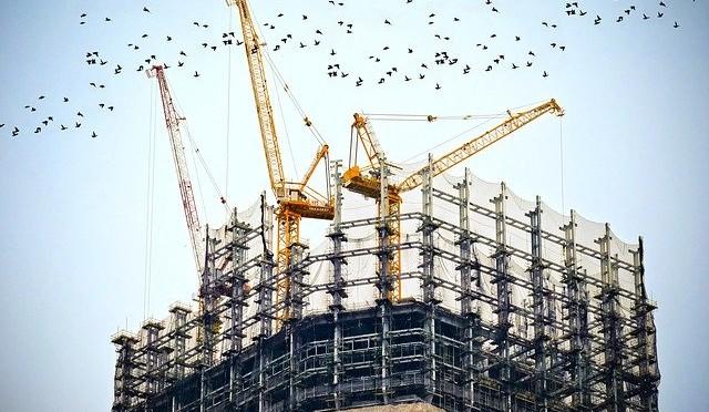 Leitungsebenen und Unternehmensfunktionen am Bau